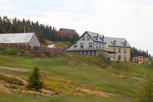Fisher's Loft Inn grounds